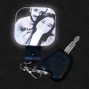 Porte clef lumineux personnalisé carré lampephoto.fr