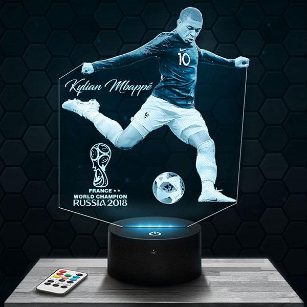 Lampe 3D Kylian Mbappé Coupe du Monde avec socle au choix !
